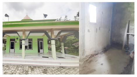 Masjid Ini Belum Punya Tempat Wudhu dan Kamar Mandi Layak